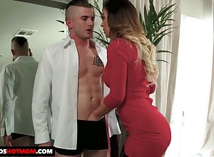 Dazzling Mr Big sexpot moorland stockings Cherie Deville gives immense BJ